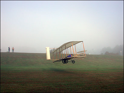 1902 Glider in Flight